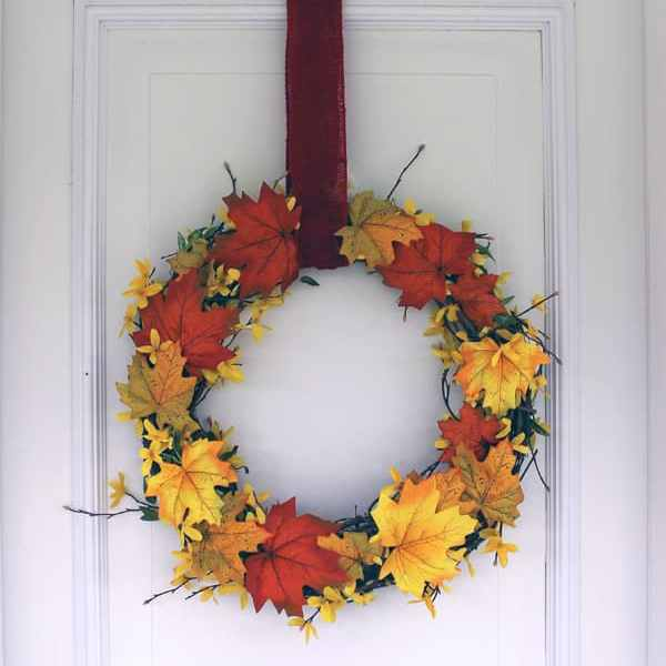 Fall leaves wreath from fynesdesigns.com
