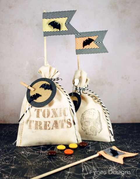 #Halloween treat bags from muslin. Stamp or mist to create your own creeptastic treats!
