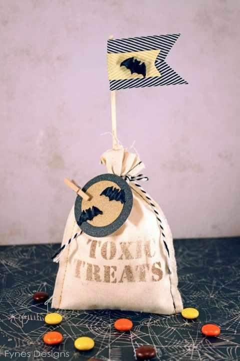 Halloween Muslin toxic treat bags