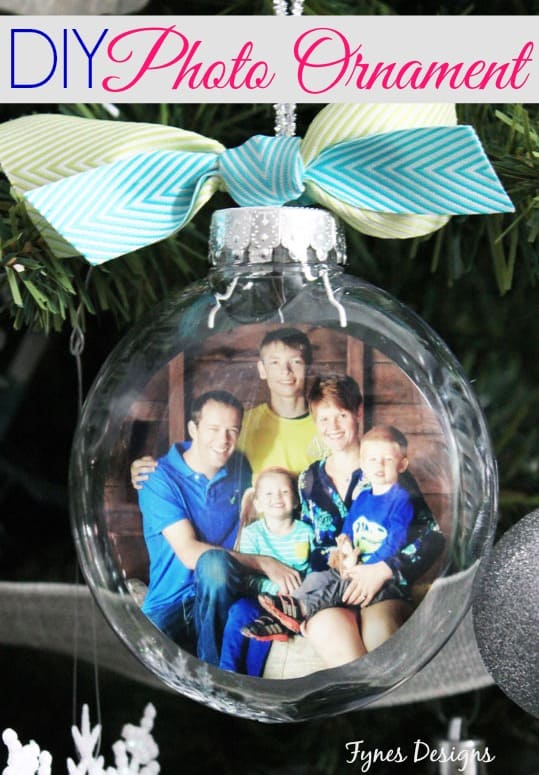 Easy DIY photo ornaments. Great tutorial with photo steps.