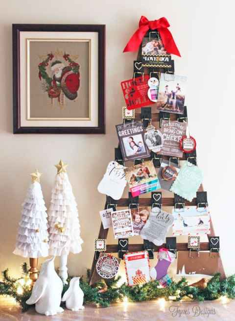 Christmas card holder from fynesdesigns.com