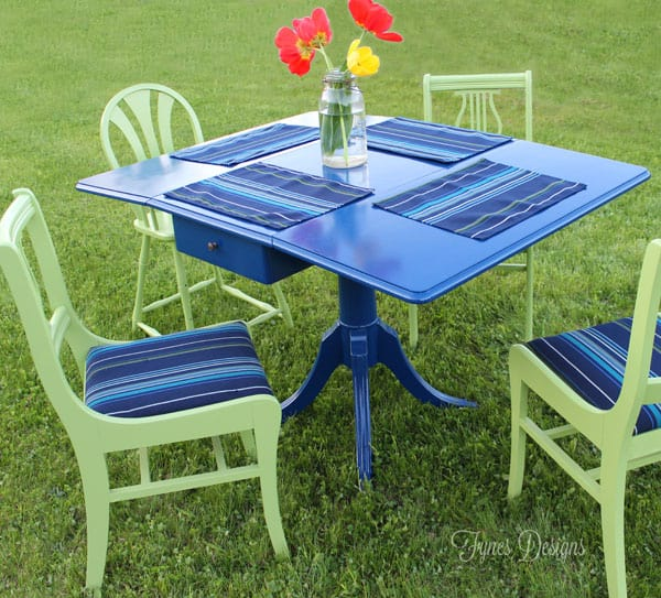 Use a old dining set as outdoor deck furniture #voiceofcolor #sunbrella
