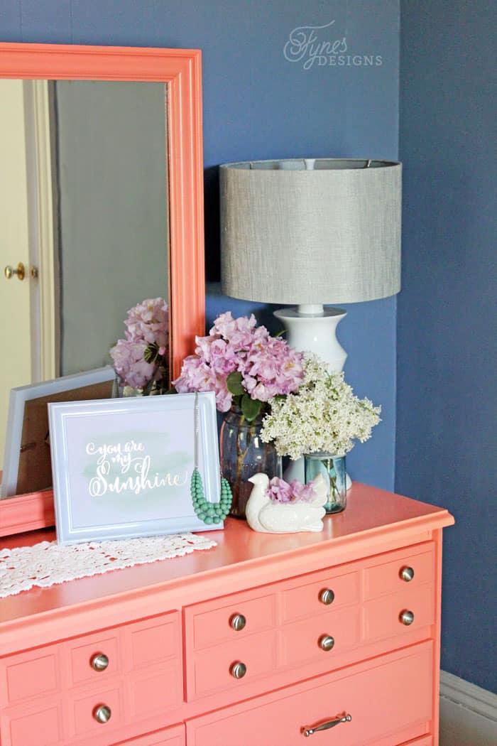 painted-dresser