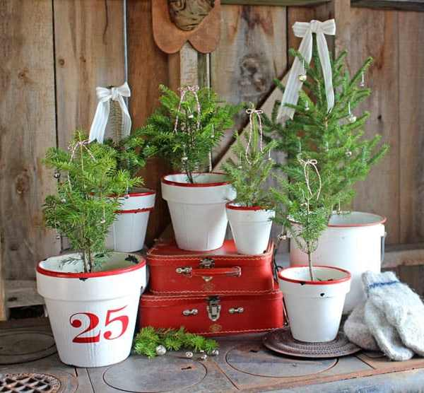 Enamel Inspired Christmas Tree Pots