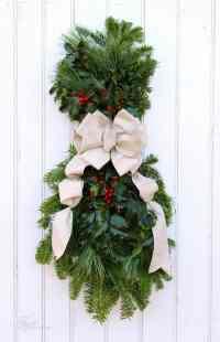 How to Make a Christmas Swag - FYNES DESIGNS | FYNES DESIGNS