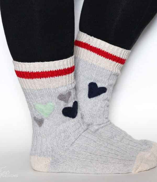 How to add cute needle felted pattern to your wool socks -super easy, great for beginners