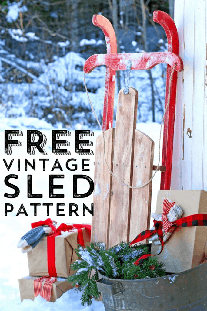 Free pattern for a DIY Vintage Christmas Sled decoration