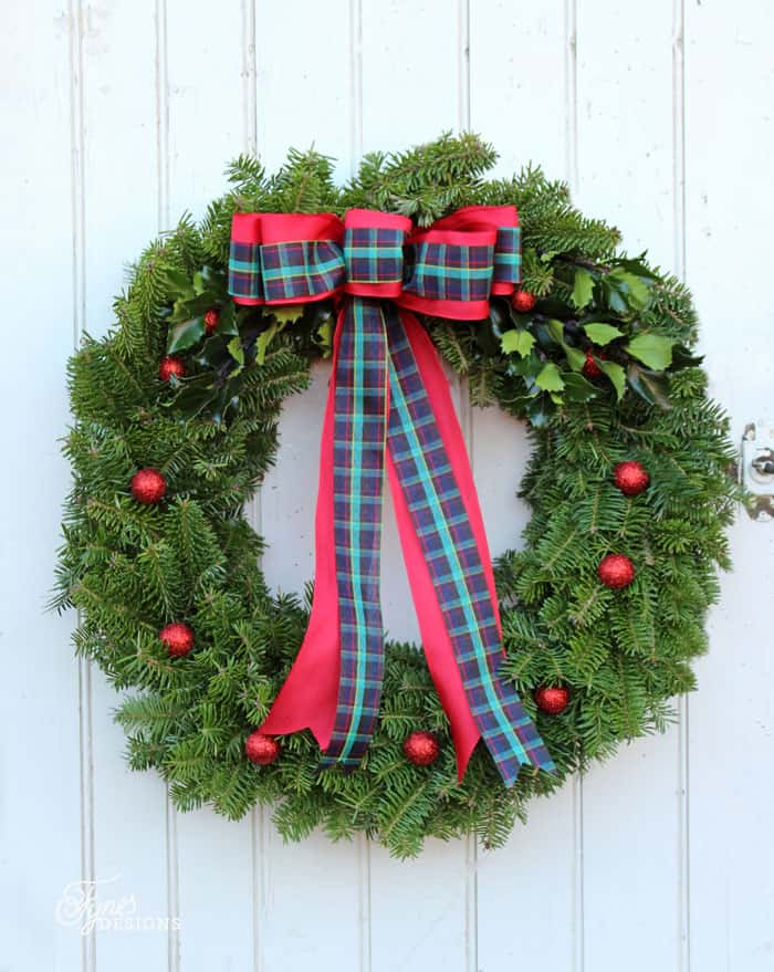 learn to make a natural balsam fir christmas wreath with this easy to follow tutorial - How To Make A Christmas Bow For A Wreath