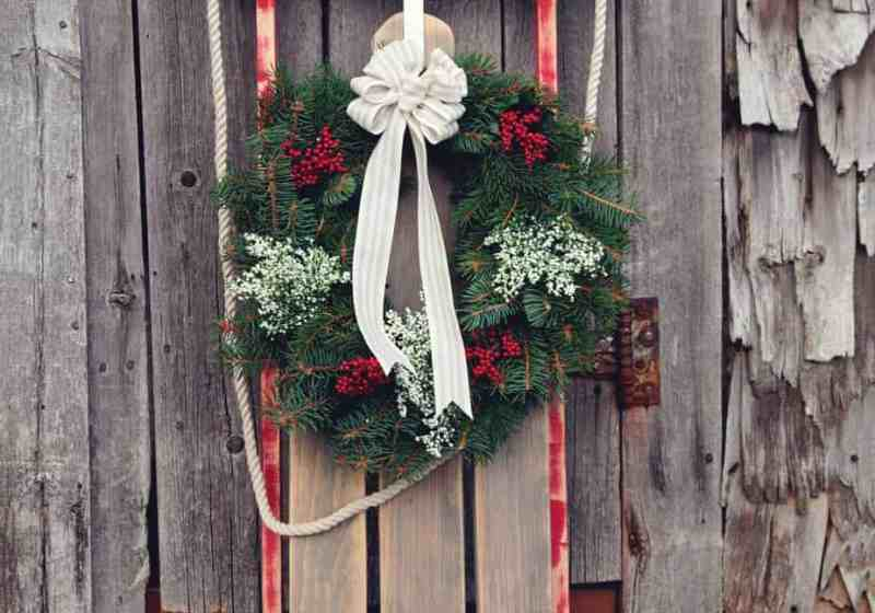 Vintage Sled DIY with a FREE pattern. Only $10!