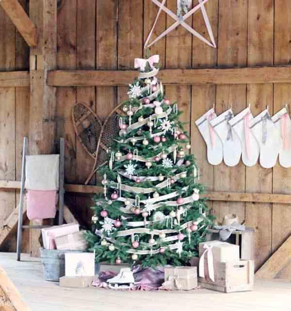 Feminine Rustic Christmas Tree