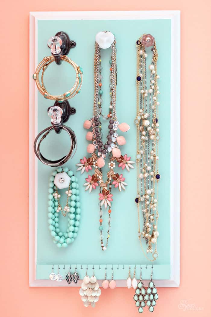 How to build a easy DIY Jewlry Organizer