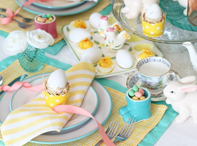pretty and easy Easter table setting