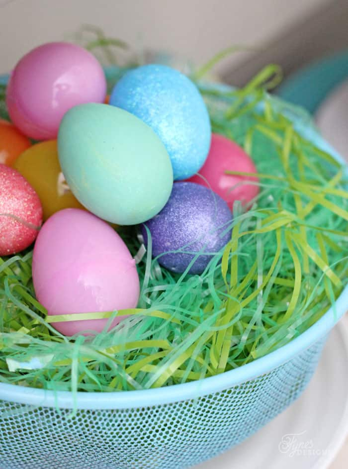 Using plastic eggs for Easter decorating