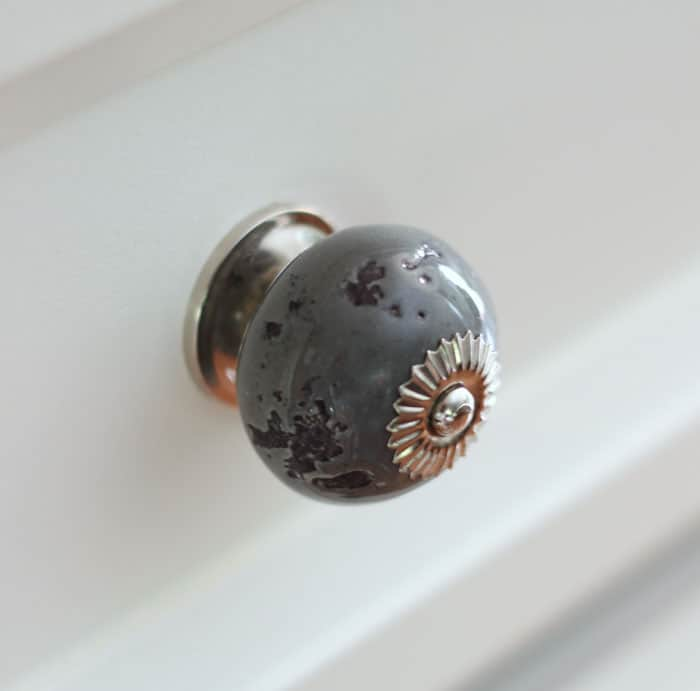 bold grey ceramic knobs from D. Lawless Hardware