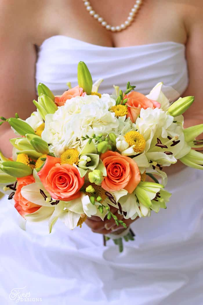 Can you believe these Wedding bouquets are made from Costco flowers- less than $80 for 21 flower arrangements!