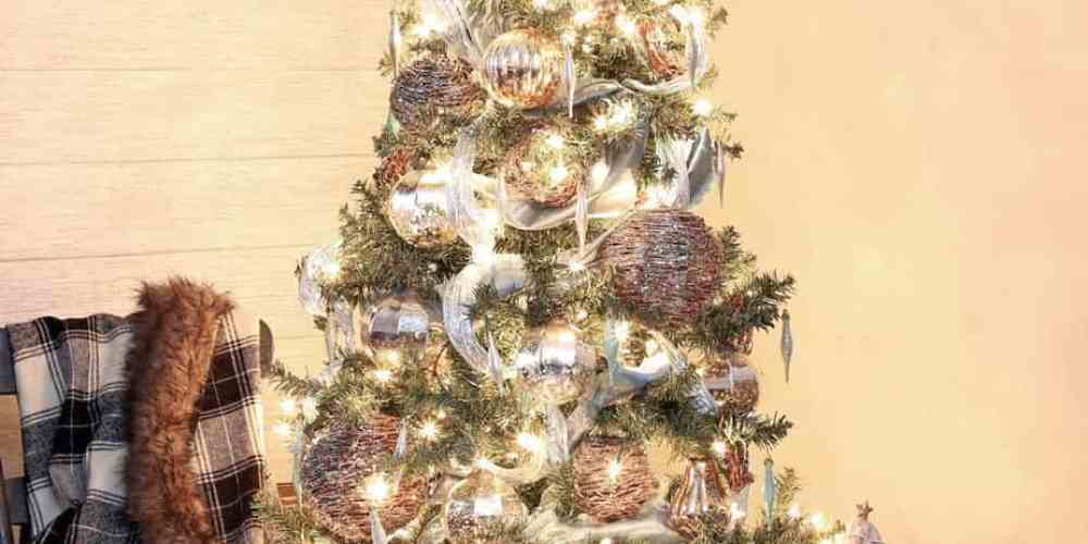 Rustic glam Christmas tree decor from The Wicker Emporium
