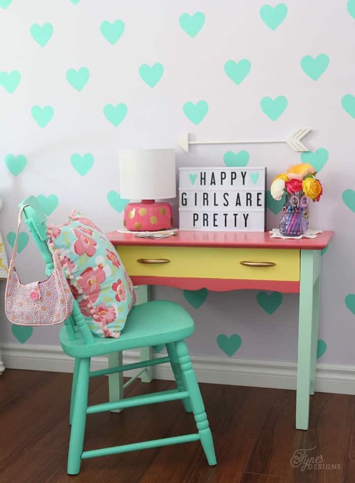 Homework station girls bedroom decor. Use code FYNES10 to get a discount at mycinemalightbox.com