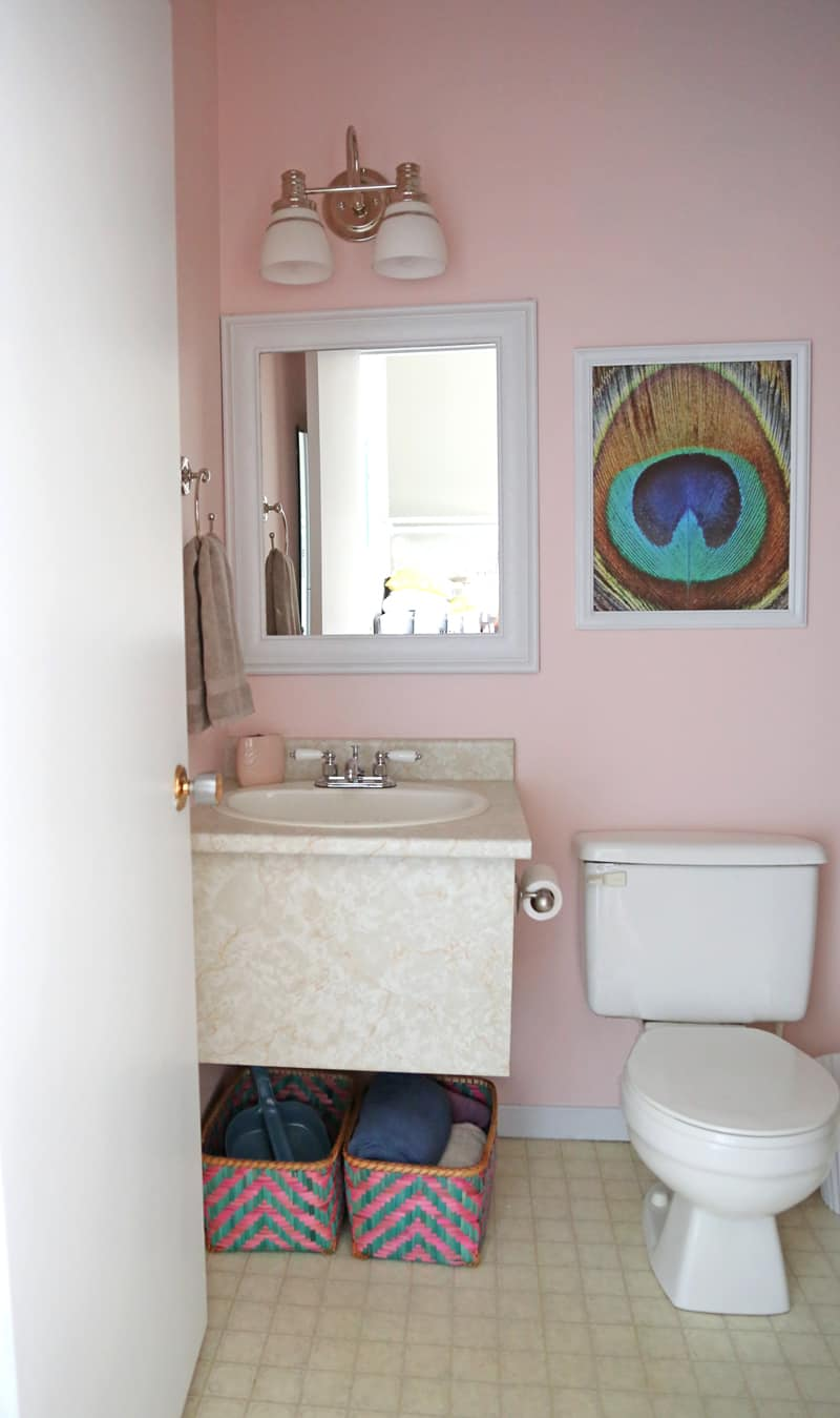 Mini Bathroom makeover