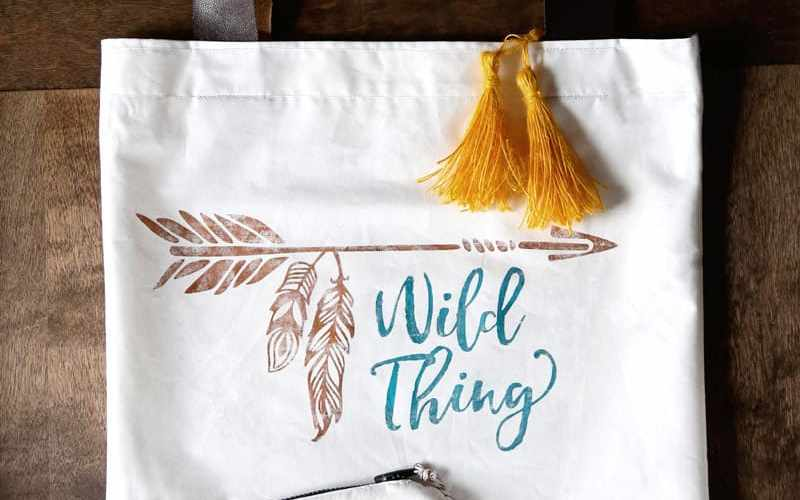 How to Use Deco Foil with Heat Transfer Vinyl, ideas featured by top US crafts blog, FYNES DESIGNS: Deco Foil transfer canvas bag from Expressions Vinyl