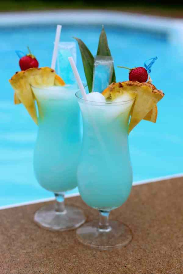 Refreshing kid friendly summer drink idea. Perfect for a pool party