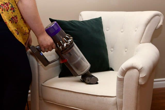 Upholsty cleaning with the Dyson Cyclone V10