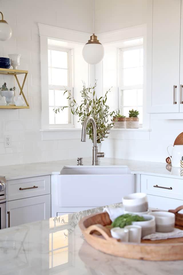 Delta kitchen faucet in a modern farmhouse kitchen