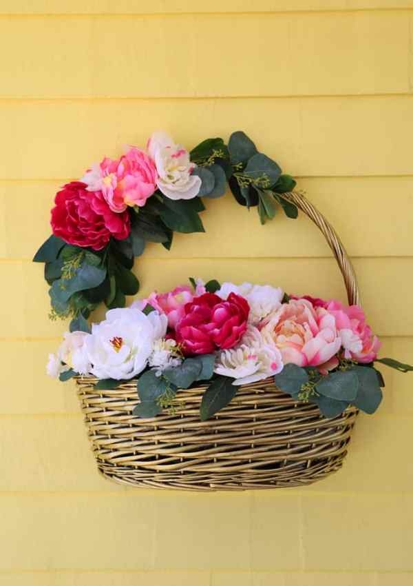 Dollar Store Spring Easter Basket Wreath