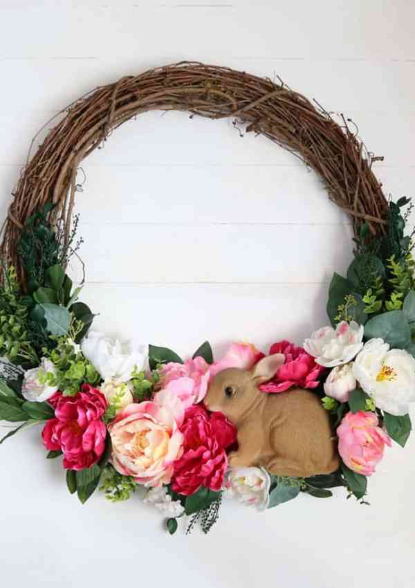 How to Make a DIY Spring Wreath for your Front Door