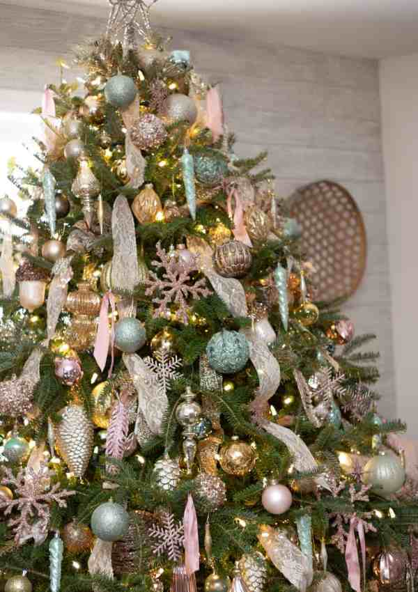 Home Tour: Colorful Christmas Decorating Ideas