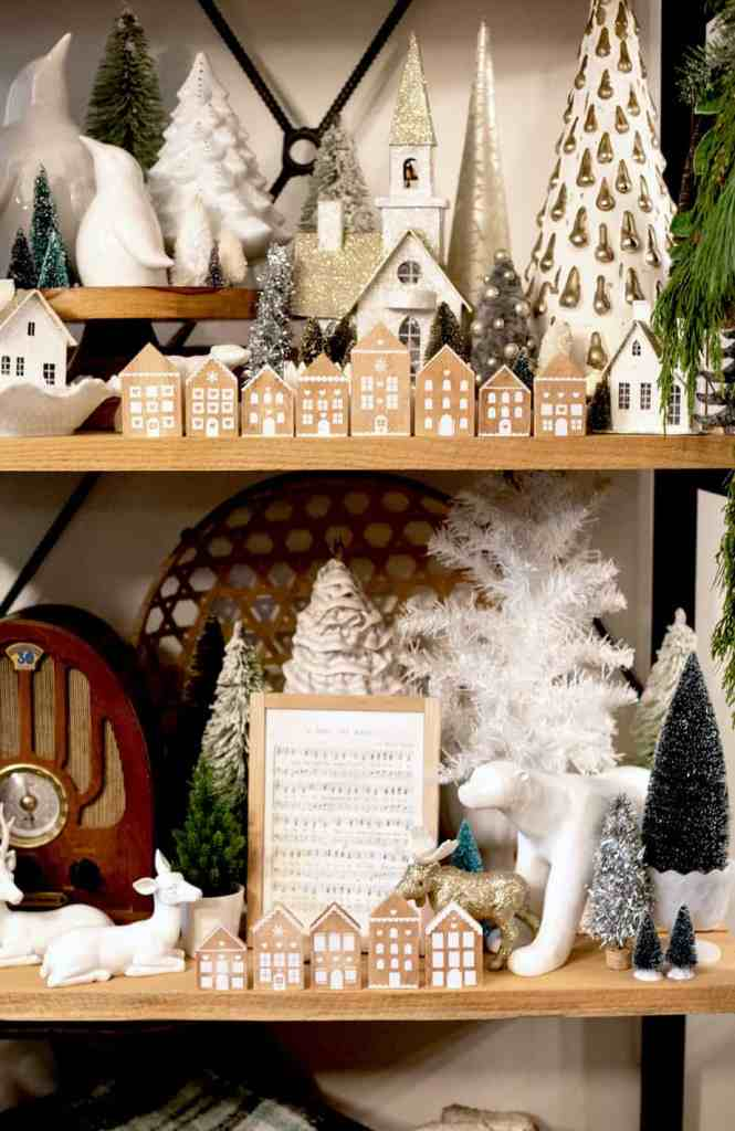 Make you own cute wooden gingerbread house ornaments. Step by step tutorial and free SVG