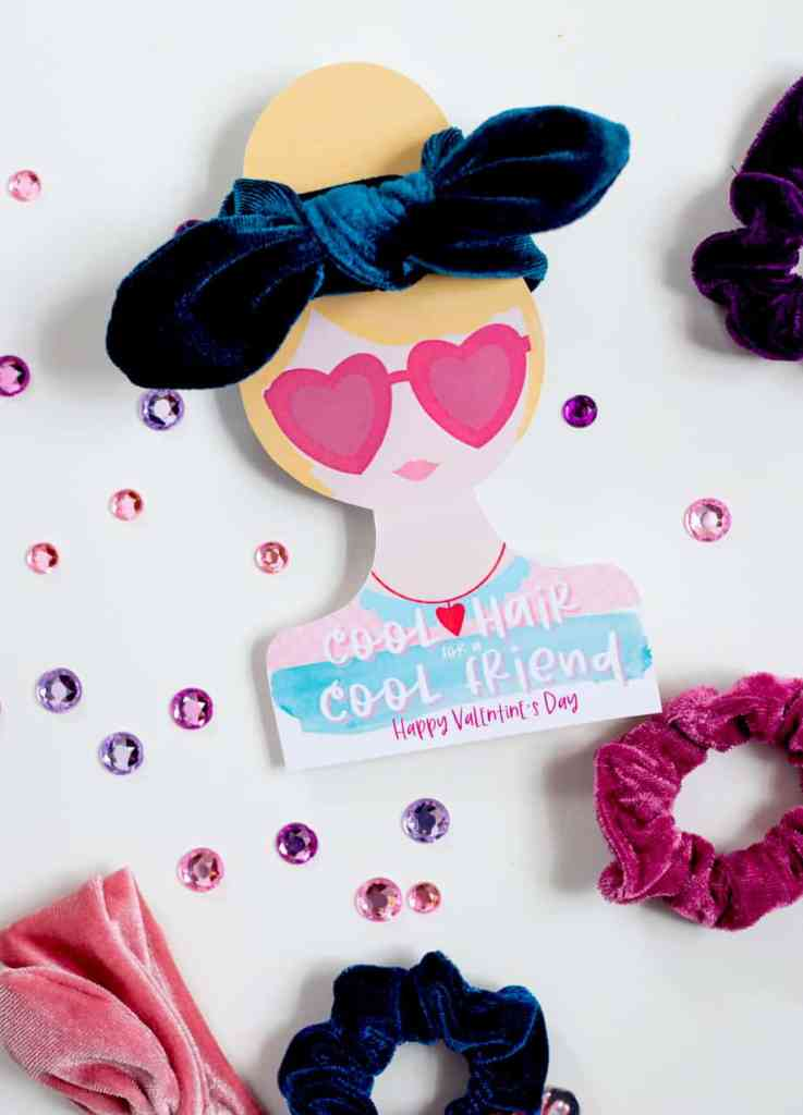 Free hair tie printable Valentine cards |DIY Hair Tie Valentine by popular Canada DIY blog, Fynes Designs: image of DIY Hair Tie Valentines.