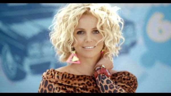 Britney Spears Wears -shock Watch In Pretty Girls Video -central