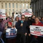 Fiasco pentru Cumpănașu: doar 200 de oameni la mitingul organizat la Ministerul de Interne