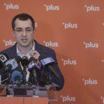VIDEO Vlad Voiculescu: Nu voi merge mai departe cu candidatura. E păcat că avem un candidat susținut de multe partide, dar ales pe din dos, în spatele ușilor închise, după interesele unui șef de partid sau al altuia / Voi candida pe lista pentru Consiliul general. Alianța USR PLUS va merge mai departe