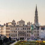 Belgia: Poliția a întrerupt o orgie sexuală cu 25 de participanți, printre care și un europarlamentar. Adunarea era ilegală pentru că depășea cu mult numărul admis de participanți la un eveniment în pandemie