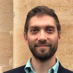 Adrian Gheorghe, numit în fruntea Casei Naționale de Asigurări de Sănătate. La 35 de ani, acesta deține expertiză în finanțarea sănătății și a mai făcut parte din echipa lui Vlad Voiculescu și în Guvernul Cioloș