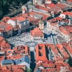 Noi măsuri de relaxare în Brașov: Restaurantele, cafenelele, sălile de cinema și de jocuri de noroc pot funcționa în interior la o capacitate de 50%, începând de duminică