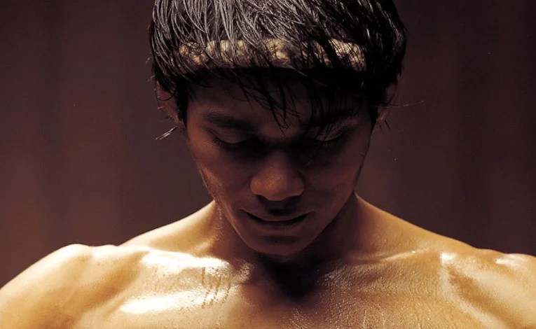 Geek Review:  Ong-Bak:  Muay Thai Warrior