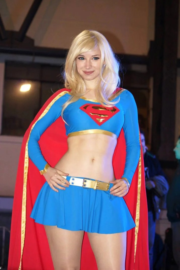 enji-night-supergirl-cosplay-3