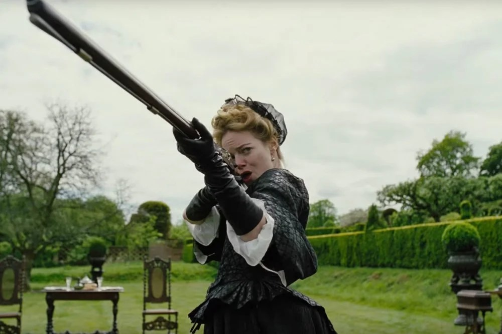 Watson Reviews:  The Favourite (Spoiler Free)