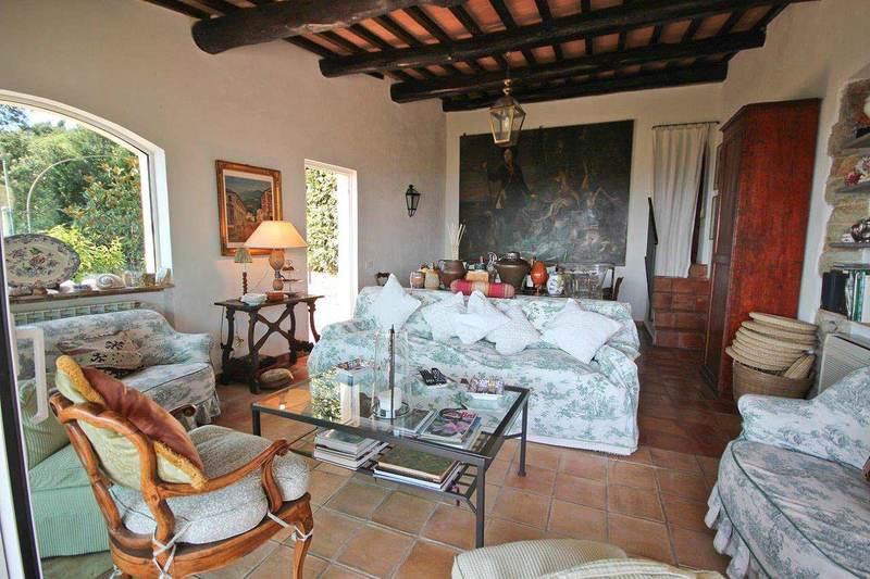 Gli architetti dietro questa abitazione sono stati quelli dello studio casa marques interiores. Case Rustiche Interni Da Sogno E Ricchi Di Storia News Gabetti
