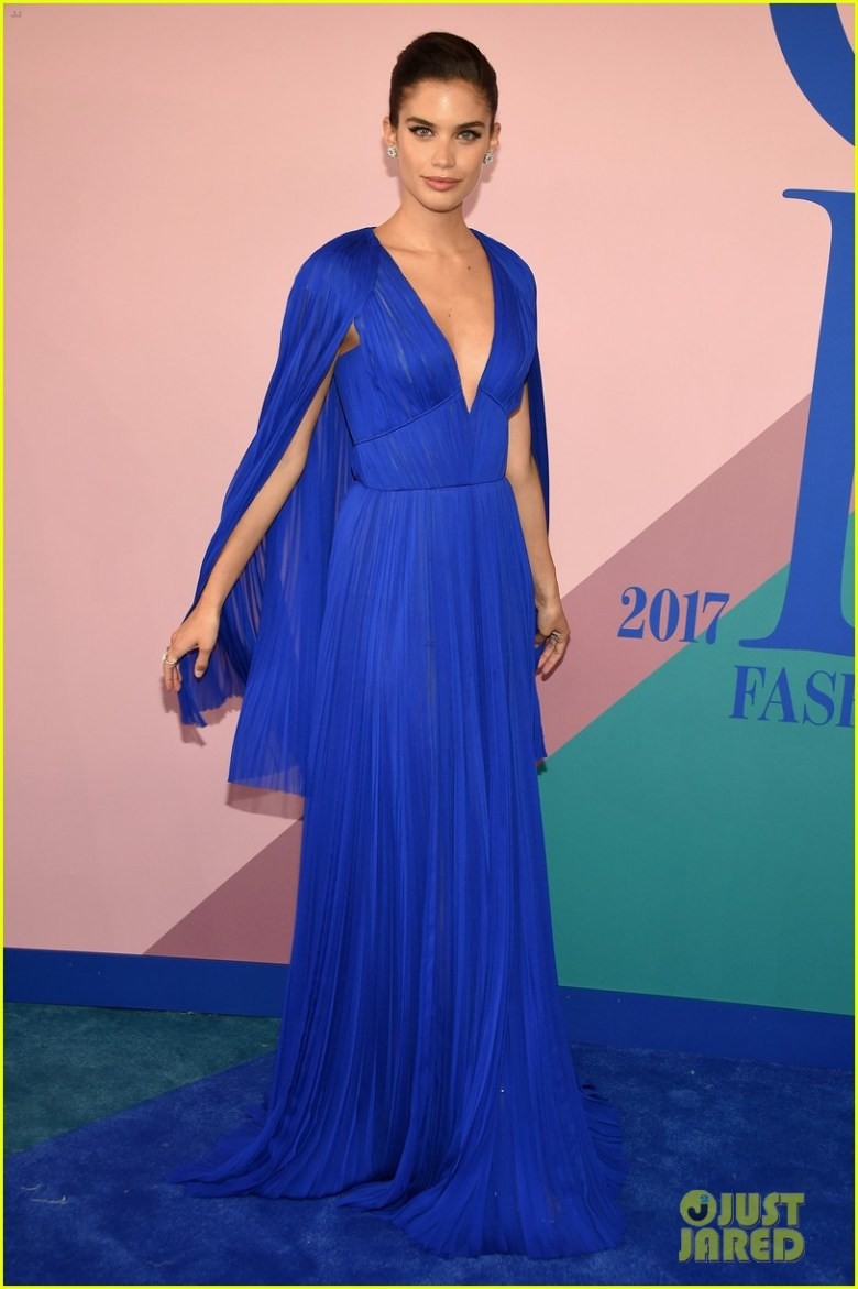 CFDA Fashion Awards, moda, estilo, look, premiação, tapete vermelho, red carpet, fashion, style, outfit, awards, Sara Sampaio