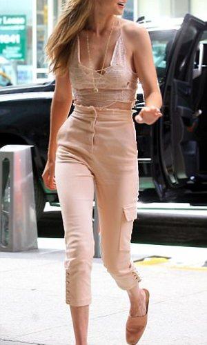 mais bem vestidas, looks, moda, estilo, inspiração, celebridades, best dressed of the week, fashion, style, inspiration, outfits, celebrities, gigi hadid