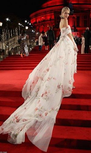 mais bem vestidas da semana, moda, estilo, celebridades, looks, fashion, style, outfits, celebrities, poppy delevingne