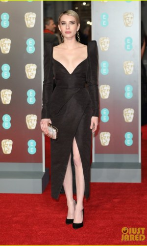 BAFTAs 2018, tapete vermelho, celebridades, looks, vestidos longos, moda, estilo, premiação, time's up, red carpet, celebrities, fashion, style, outfits, gowns, emma roberts