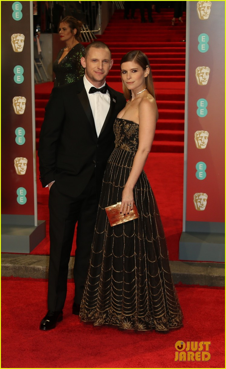 BAFTAs 2018, tapete vermelho, celebridades, looks, vestidos longos, moda, estilo, premiação, time's up, red carpet, celebrities, fashion, style, outfits, gowns, kate mara