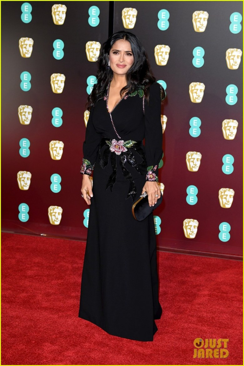 BAFTAs 2018, tapete vermelho, celebridades, looks, vestidos longos, moda, estilo, premiação, time's up, red carpet, celebrities, fashion, style, outfits, gowns, salma hayek