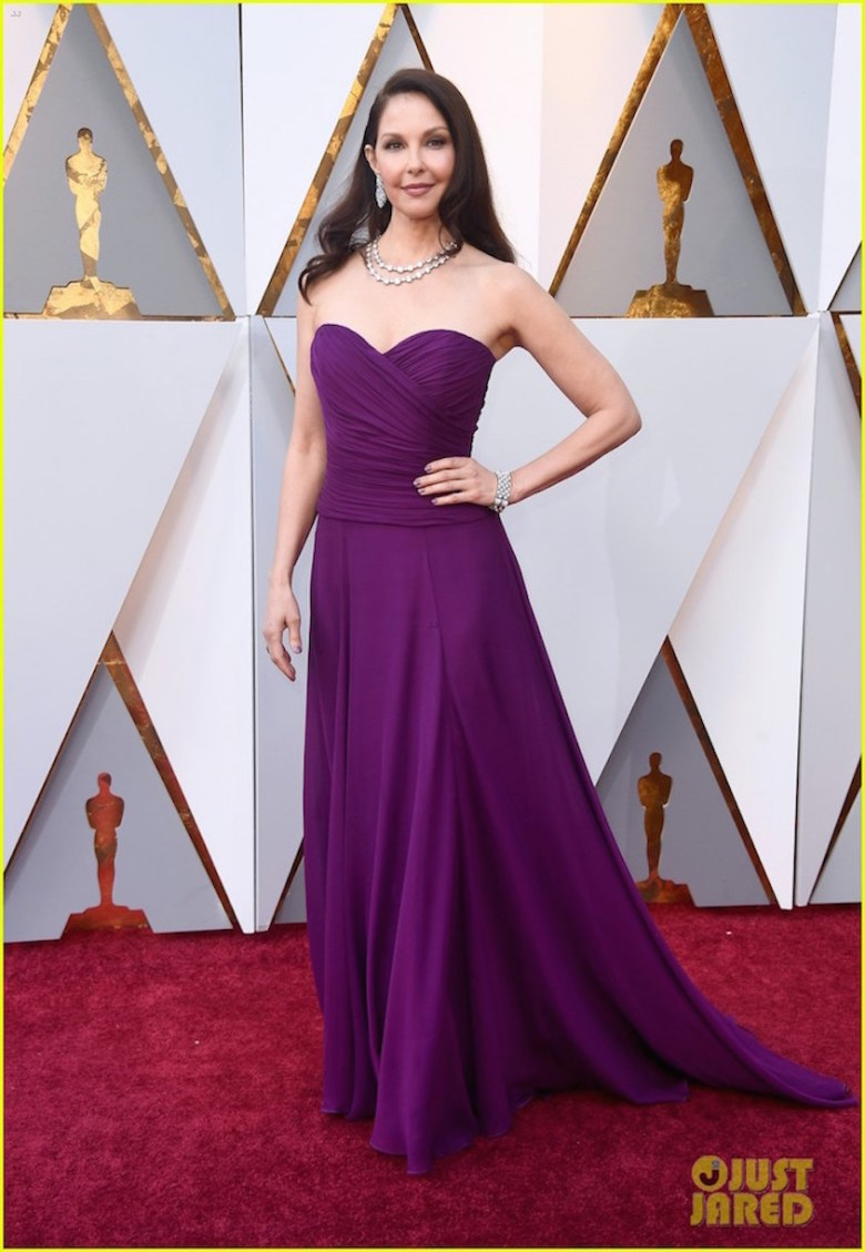oscar 2018, tapete vermelho, celebridades, premiação, moda, estilo, looks, vestido longo, 2018 oscars, red carpet, celebrities, award season, fashion, style, gowns, outfits, ashley judd