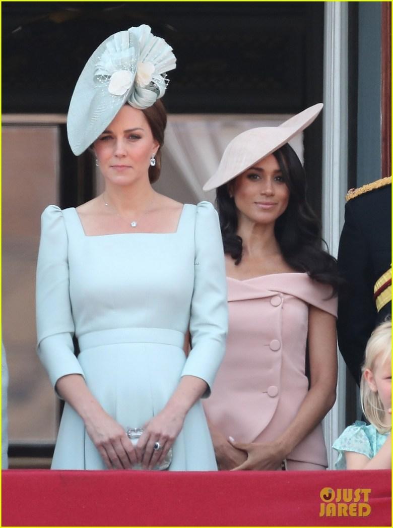 Trooping the Colour, kate middleton, meghan markle, mais bem vestidas da semana, celebridades, moda, looks, duquesa de cambridge, duquesa de sussex, best dressed of the week, fashion, outfits, duchess of cambridge, duchess of sussex