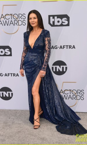 sag awards 2019, best dressed, mais bem vestidas, hollywood, moda, estilo, looks, fashion, style, outfits, catherine zeta-jones